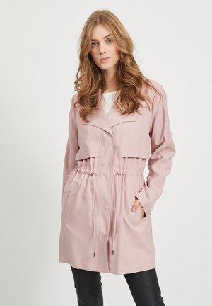 VIANINA  - Krátký kabát - pale mauve