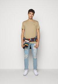 Polo Ralph Lauren - SULLIVAN - Slim fit jeans - blue denim - 1