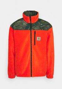 Carhartt WIP - DENBY REVERSIBLE JACKET - Summer jacket - camo combi/safety orange - 2