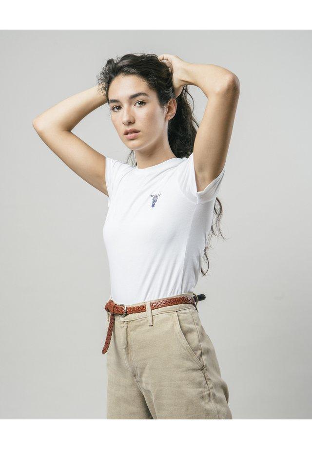 WILD ZEBRA - T-shirt z nadrukiem - white