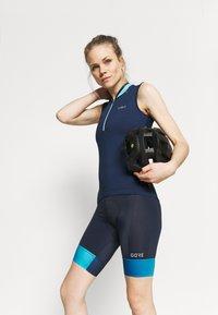 Gore Wear - FORCE SHORT WOMENS - Tights - orbit blue/scuba blue - 3