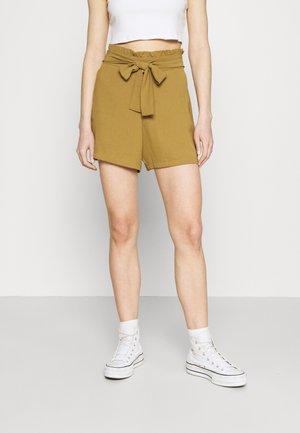 VIRASHA  - Shorts - butternut