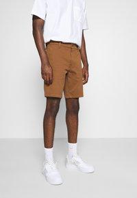 Levi's® - TAPER  - Shorts - dachshund - 0