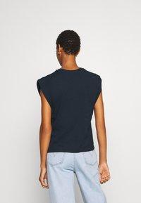 Trendyol - Basic T-shirt - navy - 2