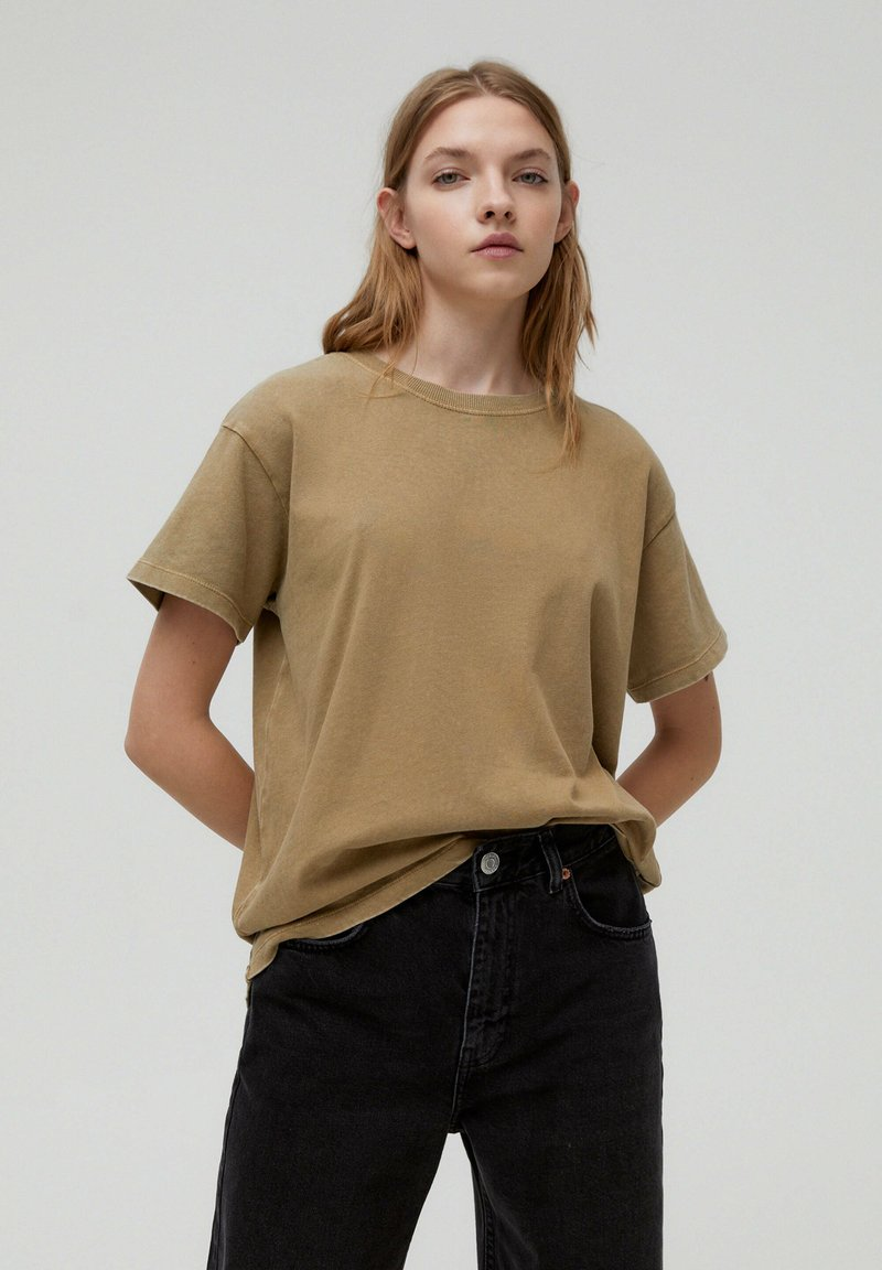 PULL&BEAR - T-shirt con stampa - brown