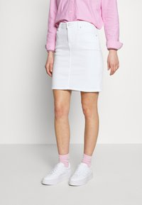 Tommy Jeans - CLASSIC SKIRT  - Pencil skirt - candle white - 0