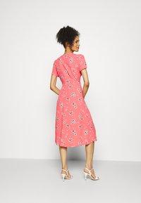 GAP - MIDI DRESS - Day dress - coral - 2