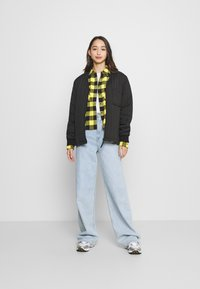 Tommy Jeans - GINGHAM CHECK  - Button-down blouse - star fruit yellow/black - 1