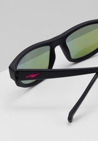 Arnette - LOST BOY - Sluneční brýle - matte black - 3