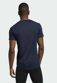 adidas Performance - TURF SS PRIMEGREEN TECHFIT TRAINING WORKOUT COMPRESSION T-SHIRT - Camiseta estampada - blue - 1