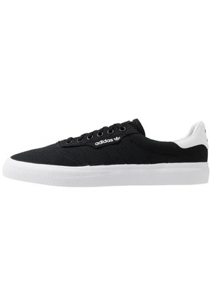 3MC - Baskets basses - core black/footwear white