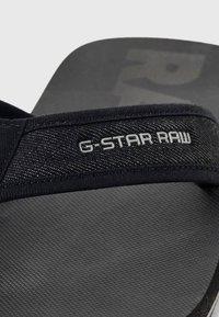 G-Star - LOAQ - T-bar sandals - black - 4