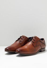 Bugatti - MORINO - Stringate eleganti - cognac - 2