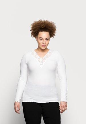 PCSIRI CURVE - Top sdlouhým rukávem - bright white