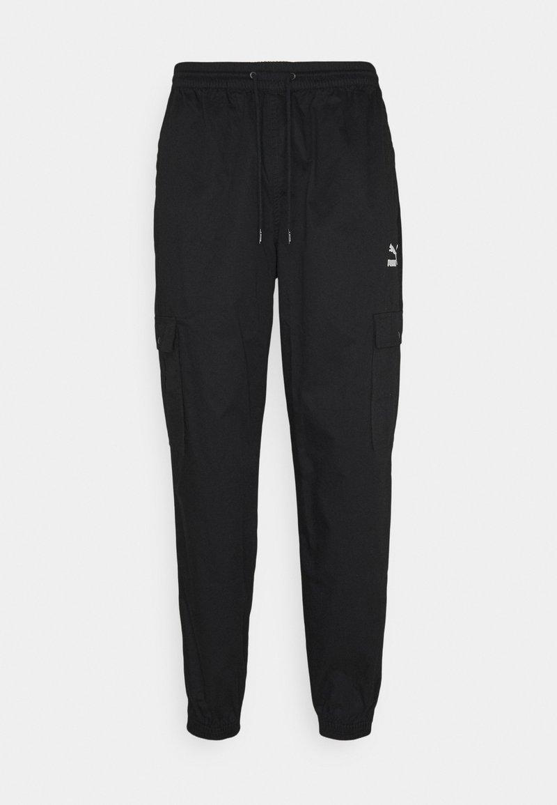Puma - CLASSICS - Cargo trousers - black