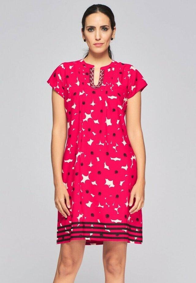Day dress - rojo