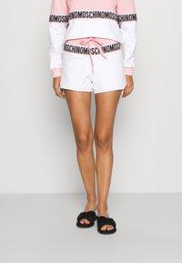 Moschino Underwear - SHORTS - Pyjamasbukse - pink - 0