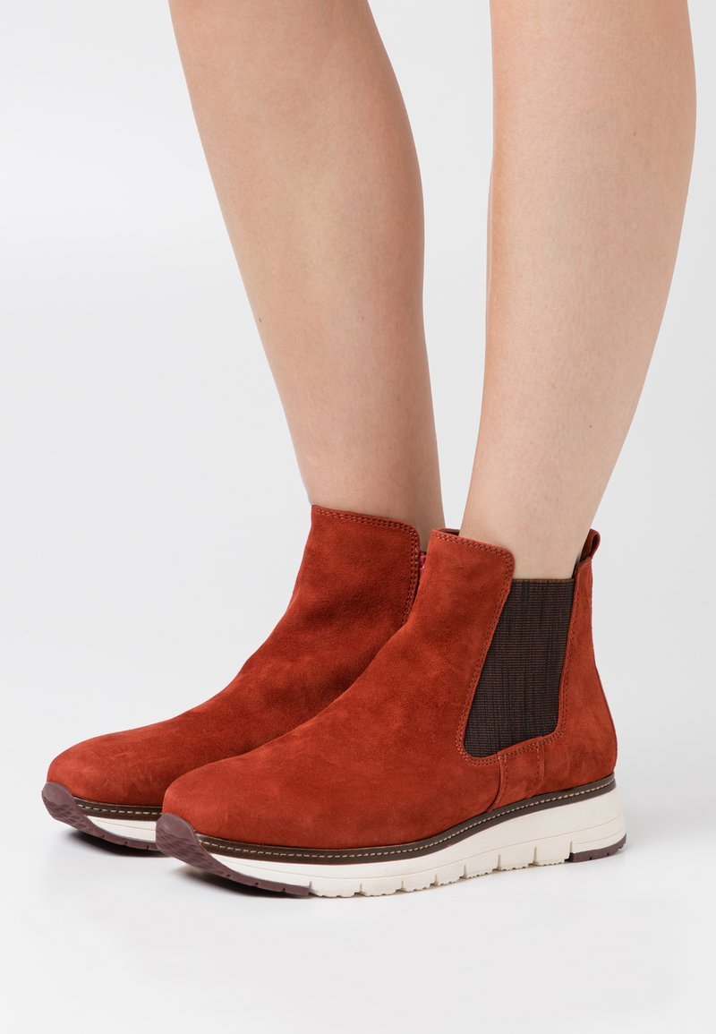 Tamaris Pure Relax - RELAXED FIT - Classic ankle boots - burned orange