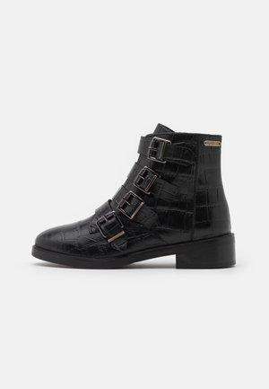 MALDON IMAN - Kotníkové boty - black