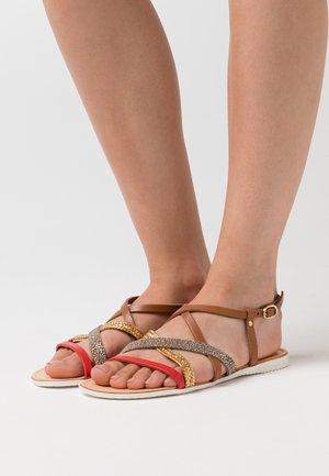 DALABA - Sandals - camel/multicolor