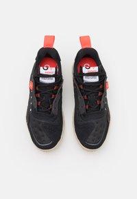 Jordan - DELTA 2 UNISEX - Sneakers basse - black/infrared 23/off noir/oatmeal/white/metallic silver - 3
