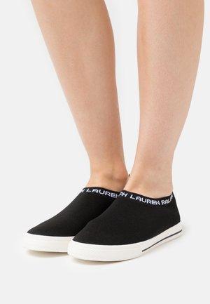 JORDYN - Slippers - black