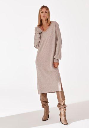 ALENORI - Jumper dress - beige melange