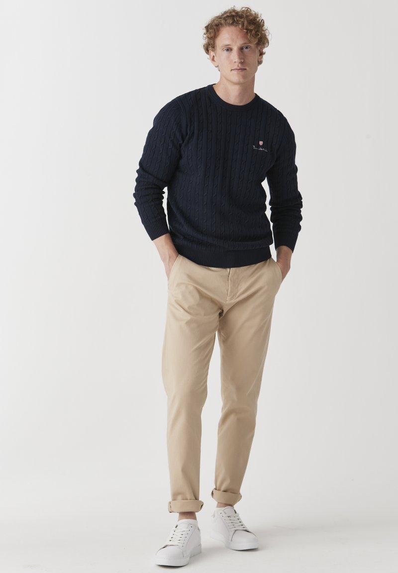 BONDELID - DAVE  - Neule - navy blazer