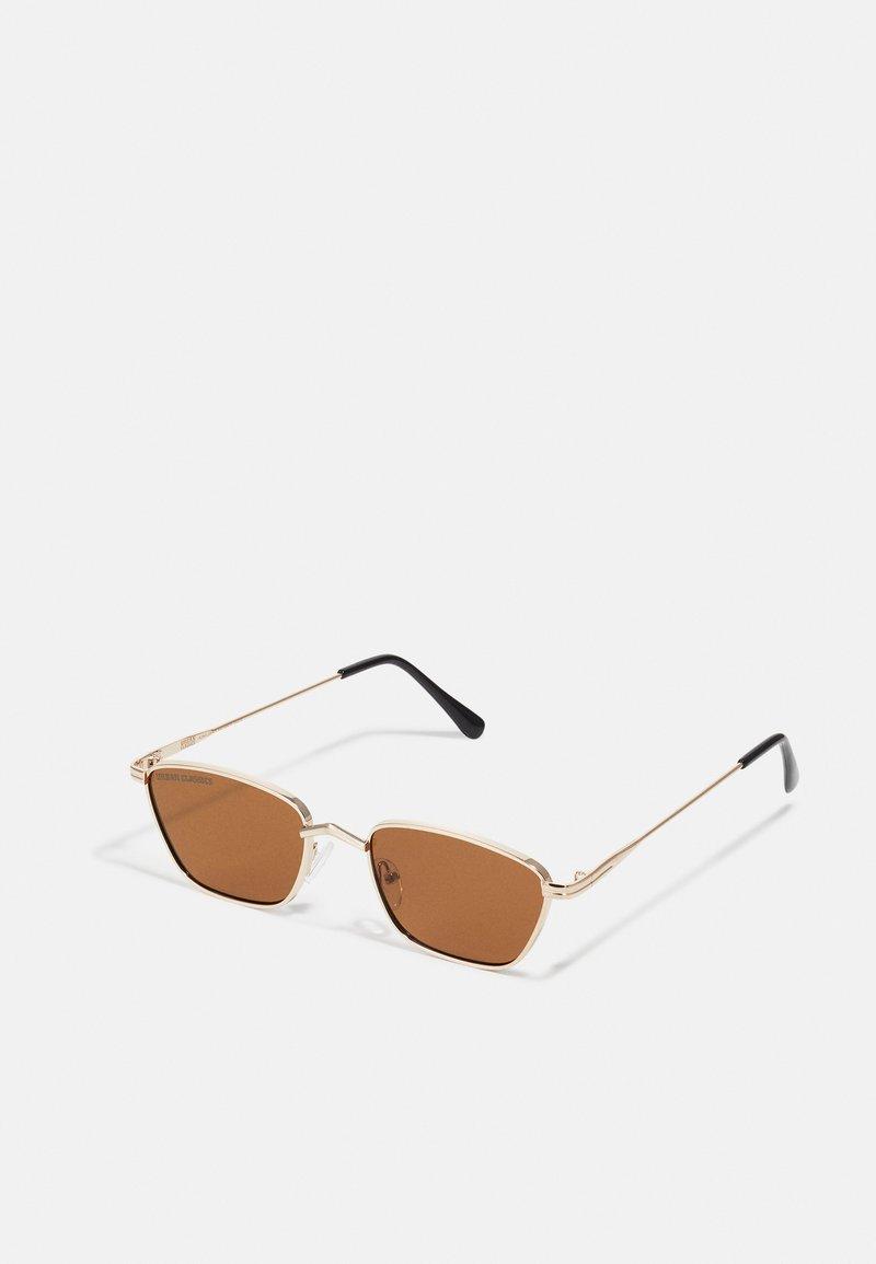 Urban Classics - SUNGLASSES KALYMNOS WITH CHAIN UNISEX - Sunglasses - gold-coloured/brown