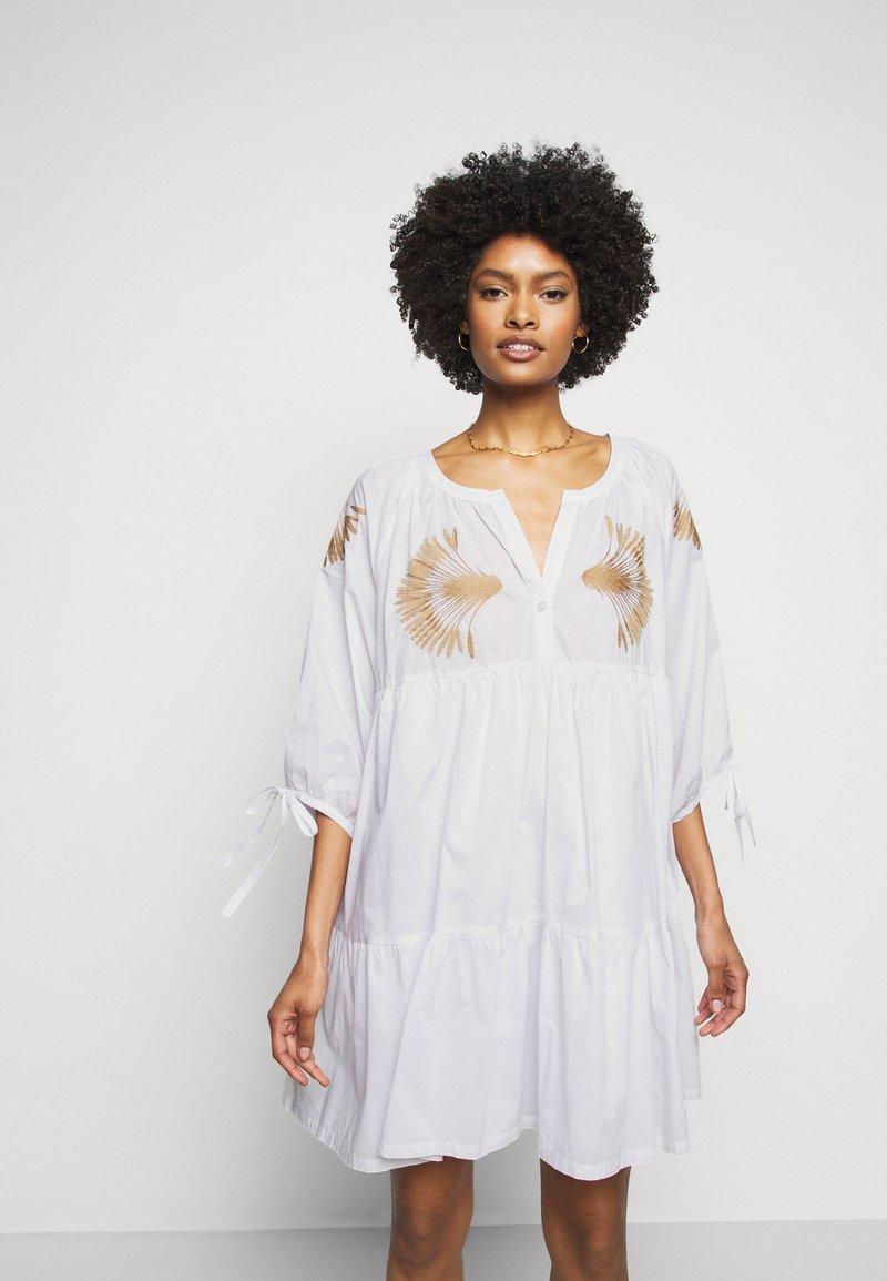 Steffen Schraut - IPANEMA SUMMER TUNIC DRESS - Day dress - white