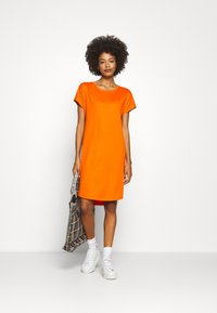 Marc O'Polo - DRESS OVERCUT SHOULDER ROUND NECK - Jersey dress - sunbaked orange - 1