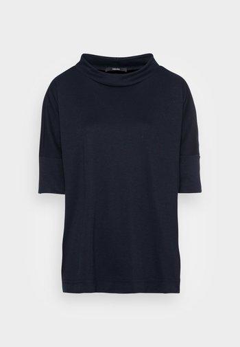 ULRIQUE - Jednoduché triko - global blue