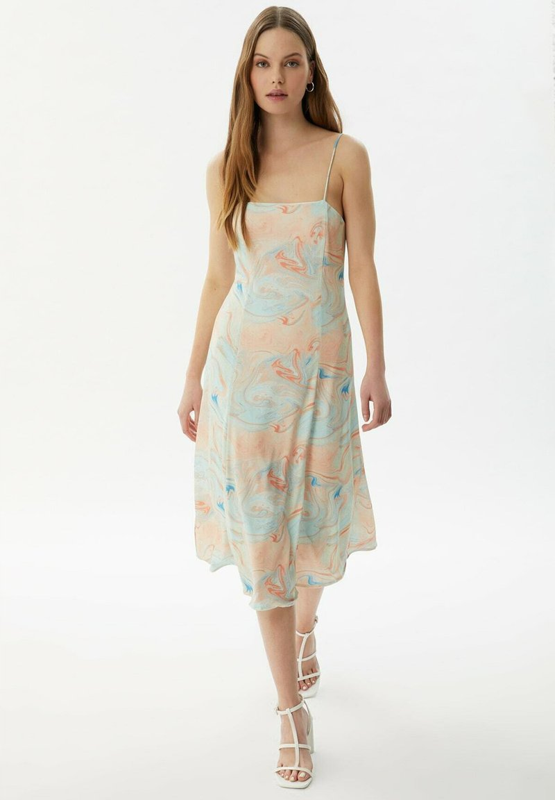 Trendyol - Day dress - white