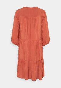b.young - BYMMJOELLA DRESS - Vestito estivo - etruscan red - 1
