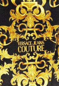 Versace Jeans Couture - TECNO PRINT LOGO BAROQU - Sweater met rits - black - 7