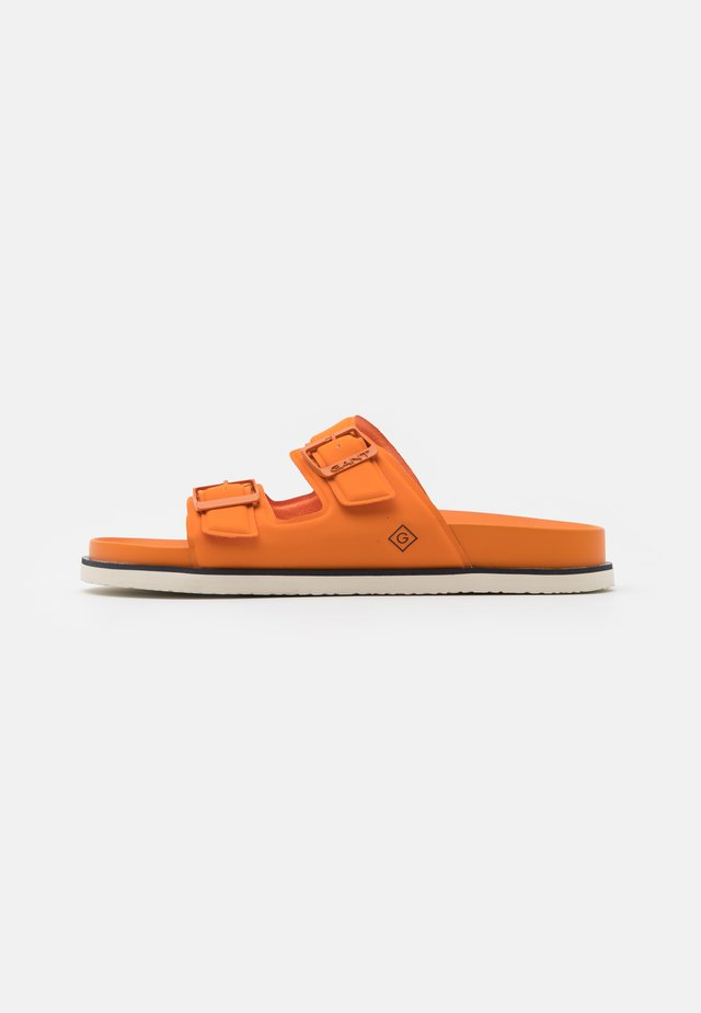 MARDALE SPORT - Klapki - orange/multicolor