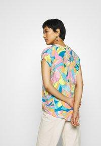 Emily van den Bergh - Bluser - multicolour - 2