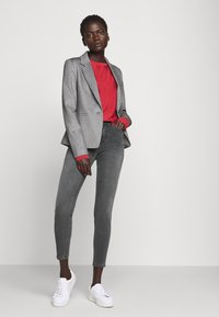 DRYKORN - PULL - Jeans Skinny Fit - grau - 1