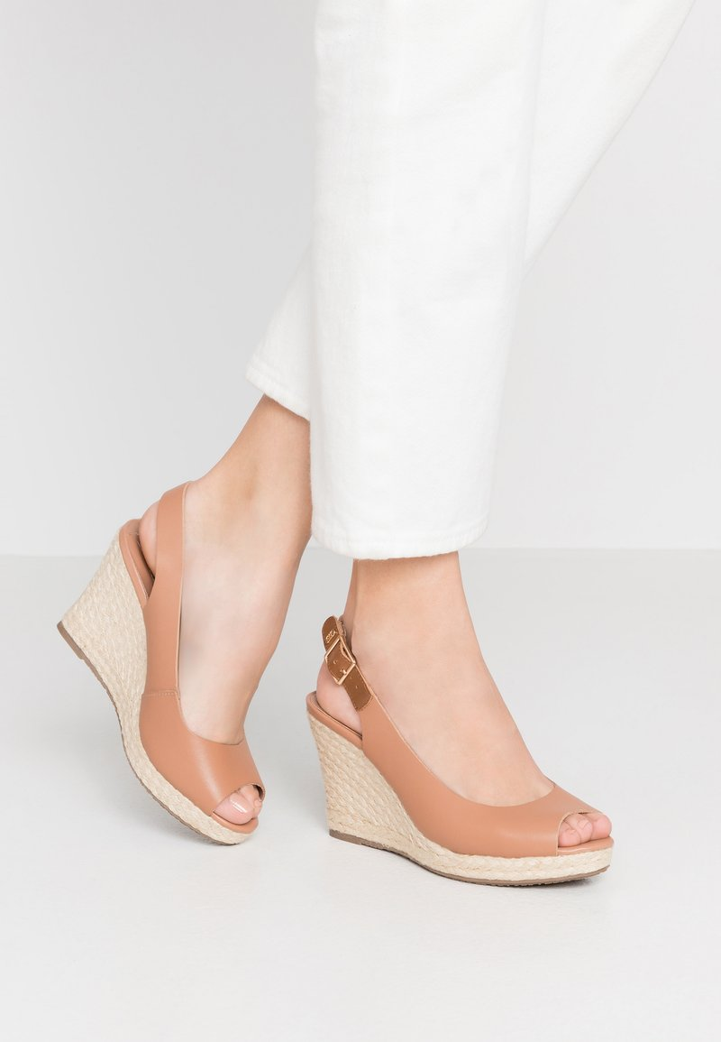 Dune London WIDE FIT - WIDE FIT KICKS - High heeled sandals - camel