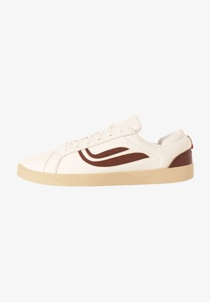 Trainers - white/mahagoni