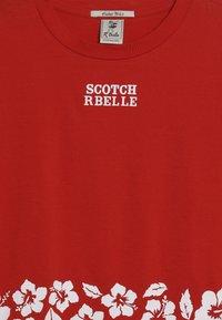 Scotch & Soda - WITH ARTWORKS - Triko spotiskem - lobster - 3