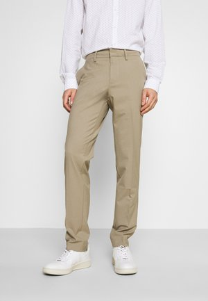 SMART FLEX TROUSER  - Pantalones - timber wolf