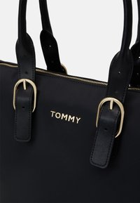 Tommy Hilfiger - TOTE - Handbag - black - 4