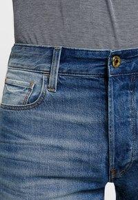 G-Star - 3301 1\2 - Denim shorts - medium aged - 3