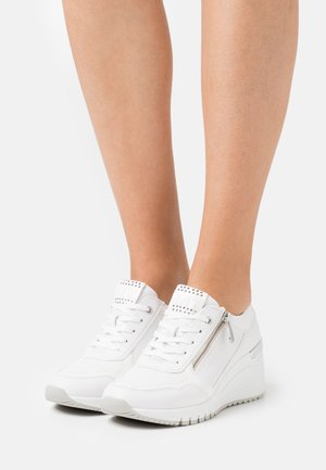LACE-UP - Zapatillas - white