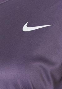 Nike Performance - MILER - Funktionsshirt - dark raisin/silver - 4