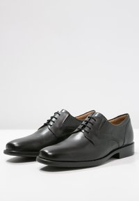 Geox - FREDERICO - Smart lace-ups - black - 2