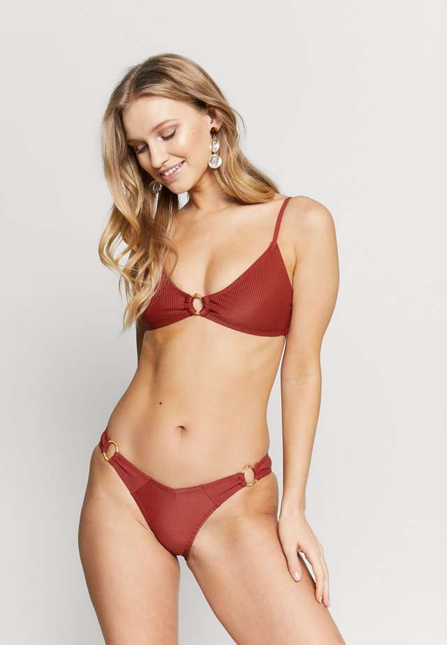 RING SCOOP BRALETTE SET - Bikini - rust