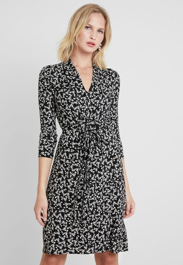 ANGELINA MEADOW V NECK DRESS - Jerseykjole - black/white