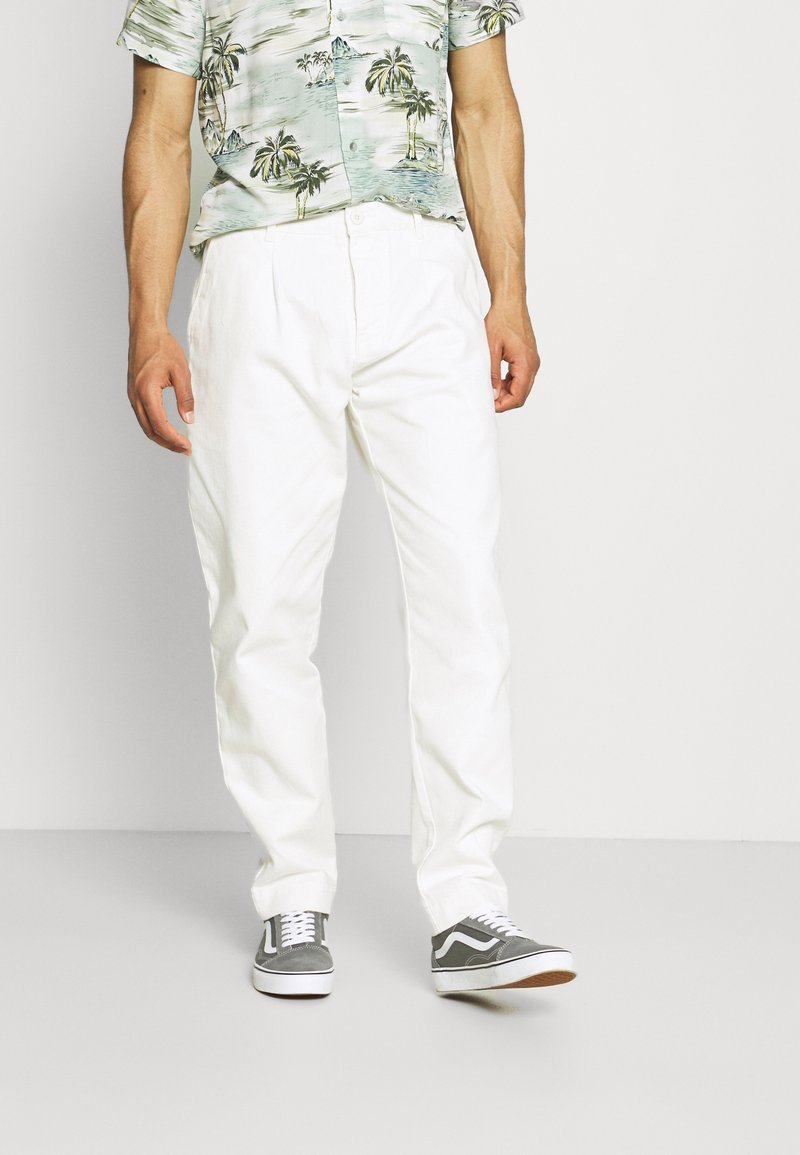 Quiksilver - LOOSE RIDER - Straight leg jeans - snow white